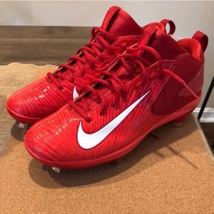 NWT Red Nike Baseball Cleats